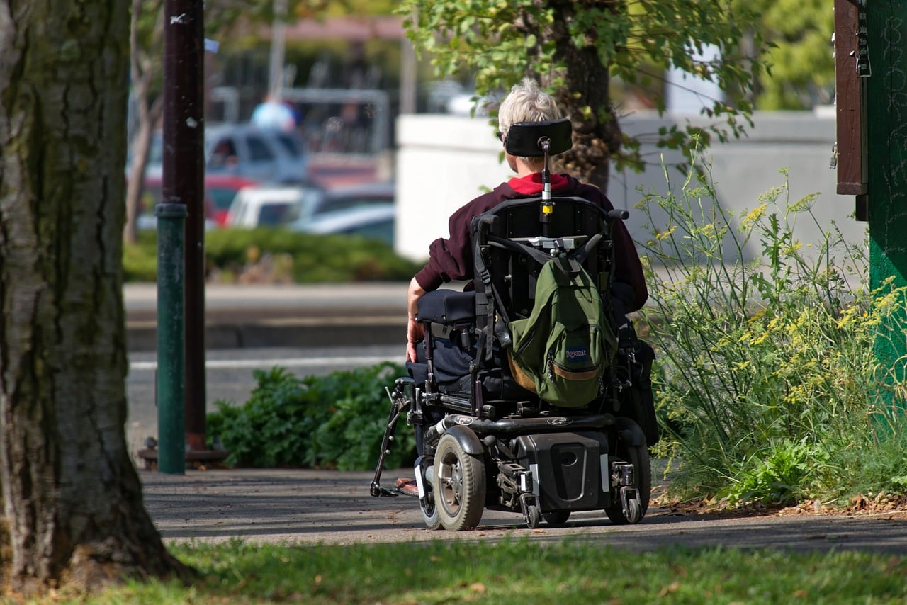 benefits of electric wheelchair